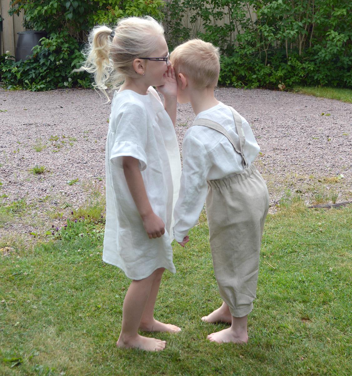 Minimundus kläder av 100% ekologisk bomull vit och oblekt naturtyg