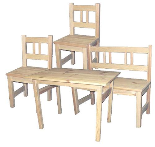 Barnmöbelgrupp av svensk furu bord soffa och två stolar obehandlad svensktillverkad