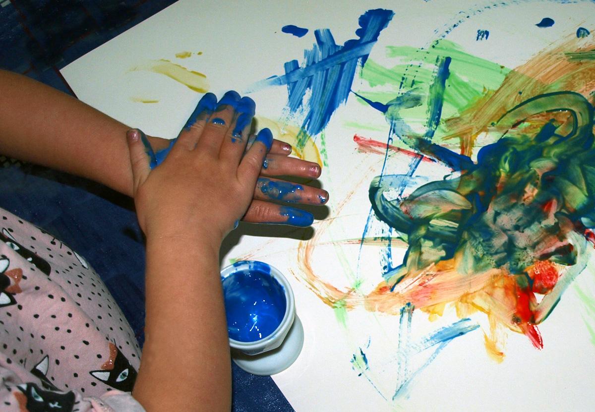 ÖkoNorm ekologiska fingerfärger basfärger röd gul grön blå