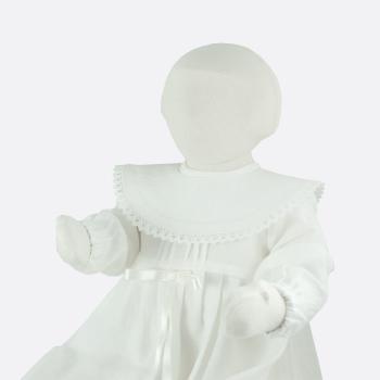 Krage med spets till minimundus dopklänning av ekologkskt lin vit